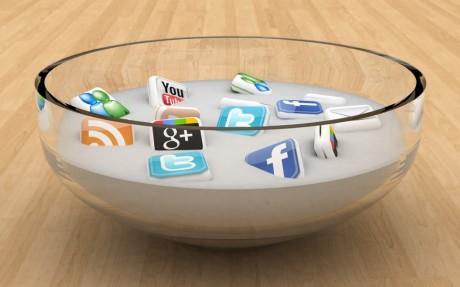 social-media-communication-1024x640